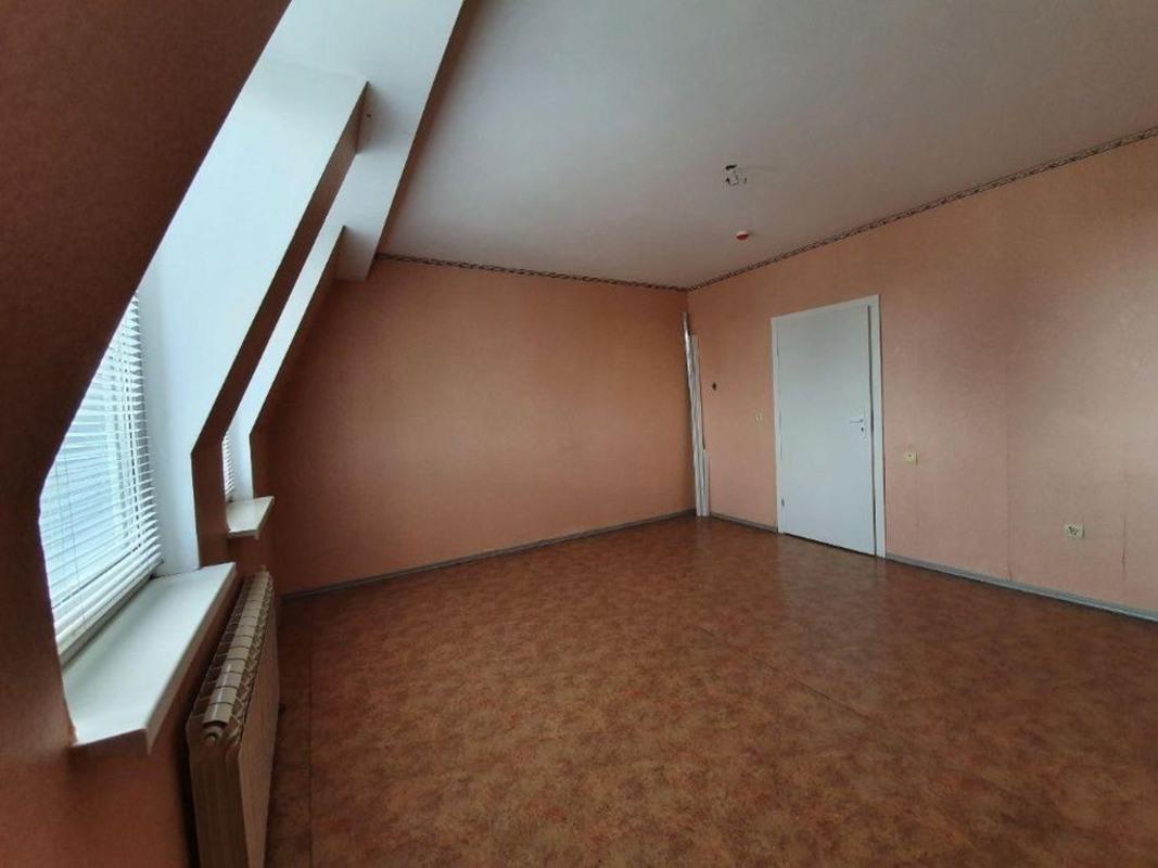 продам 4-комнатную квартиру Днепр, ул.8 Марта , 9 а - Фото 4