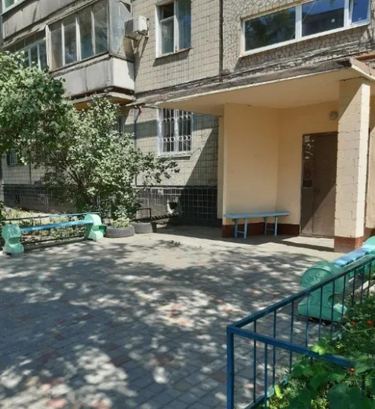 продам 4-комнатную квартиру Днепр, ул.Малиновского Маршала , 12 - Фото 6