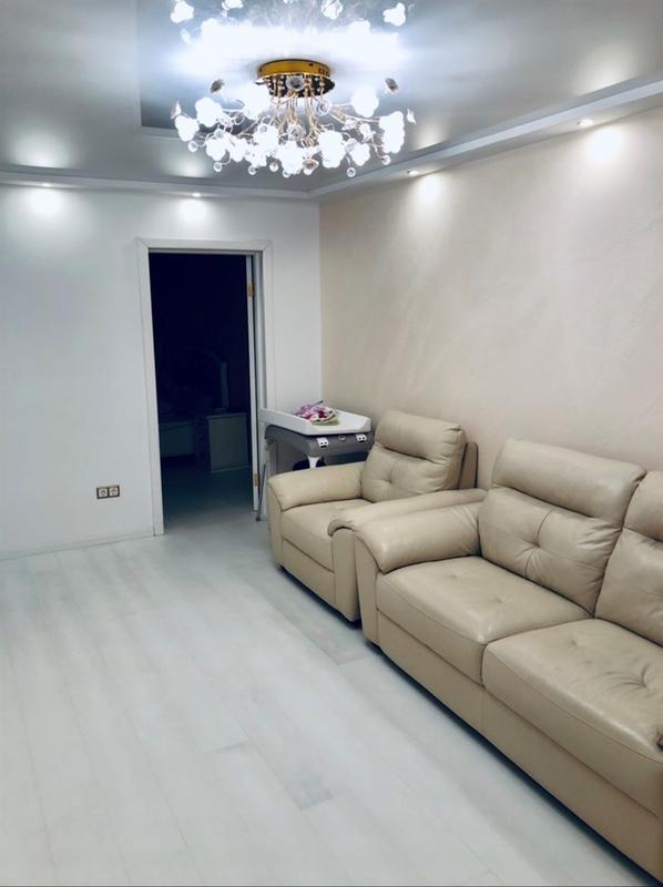продам 3-комнатную квартиру Днепр, ул.Малиновского Маршала , 8 - Фото 2