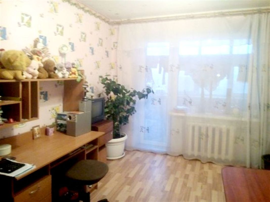 продам 5-комнатную квартиру Днепр, ул.Янтарная , 81 - Фото 1