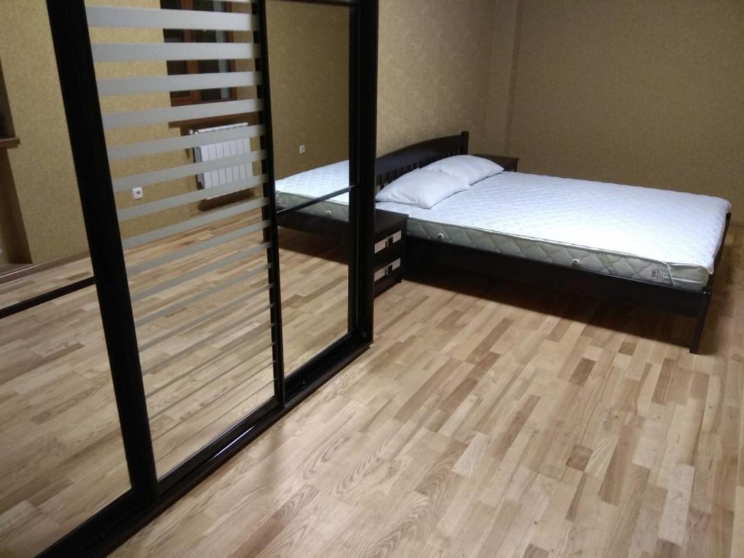 продам 2-комнатную квартиру Днепр, ул.Хмельницкого Б. - Фото 1