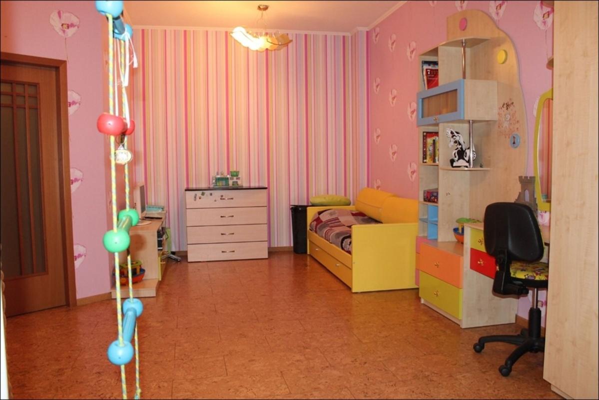 продам 5-комнатную квартиру Днепр, ул.Белостоцкого , 36 - Фото 14