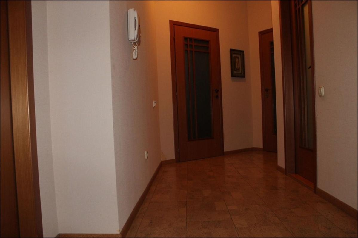 продам 5-комнатную квартиру Днепр, ул.Белостоцкого , 36 - Фото 18