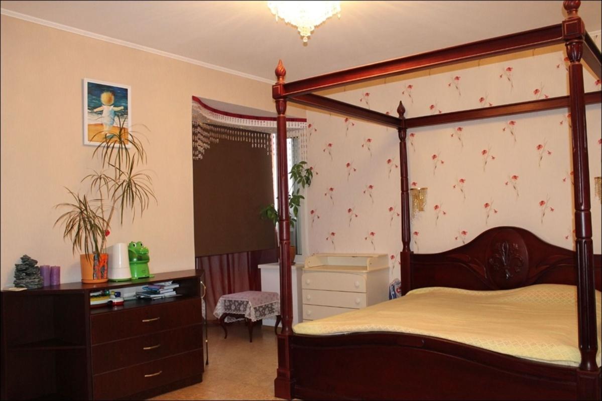 продам 5-комнатную квартиру Днепр, ул.Белостоцкого , 36 - Фото 8