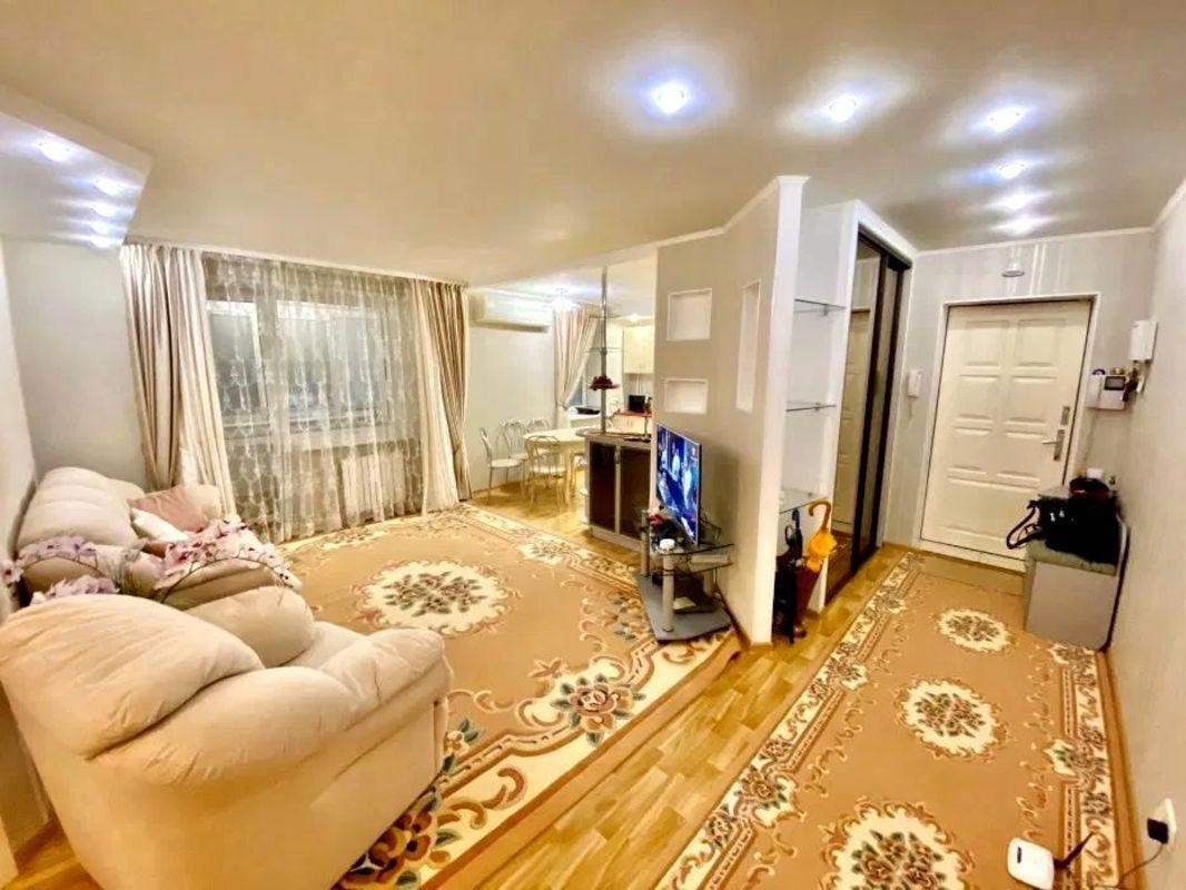 продам 3-комнатную квартиру Днепр, ул.Краснопартизанская , 3 - Фото 1
