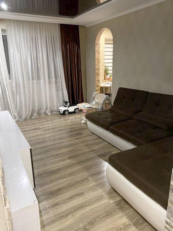 продам 3-комнатную квартиру Днепр, ул.Королевой Г. , 5 - Фото 1