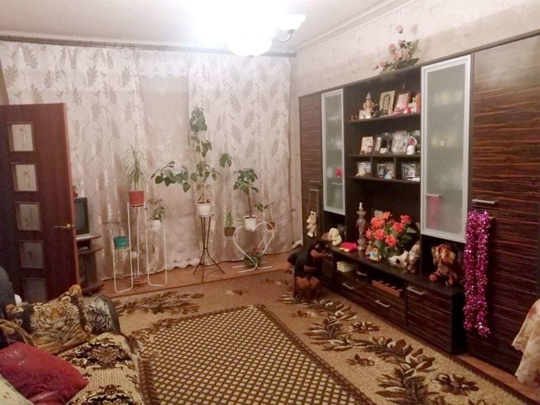 продам 2-комнатную квартиру Днепр, ул.Универсальная , 1 - Фото 1