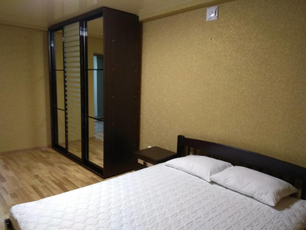 продам 2-комнатную квартиру Днепр, ул.Хмельницкого Б. - Фото 2