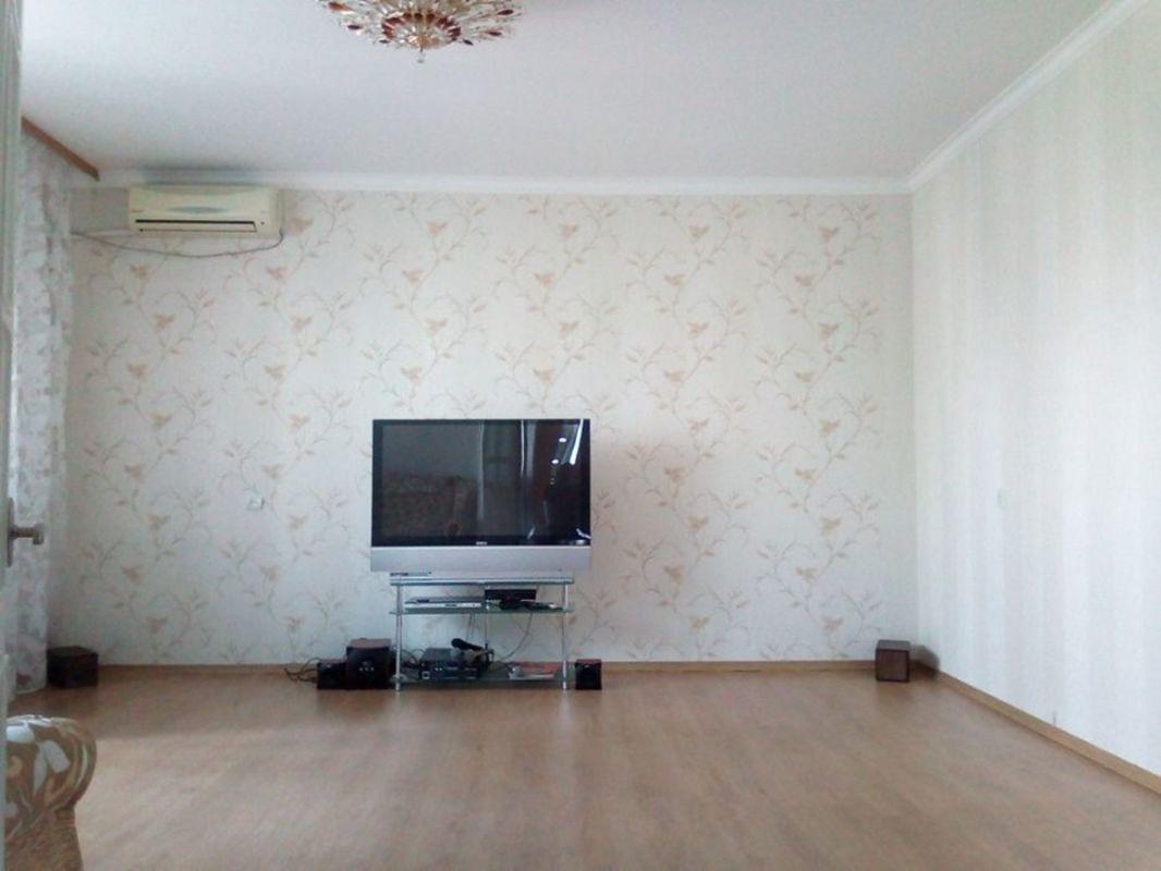 продам 3-комнатную квартиру Днепр, ул.Мира пр., 71 - Фото 2