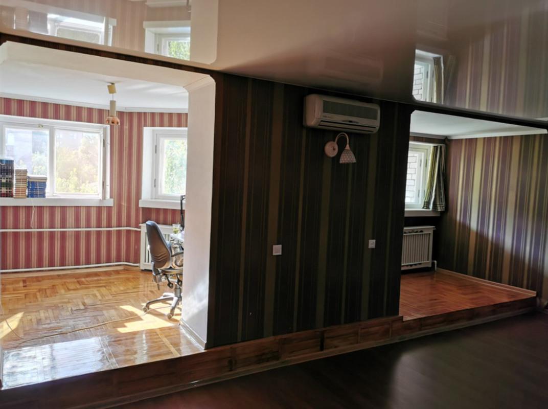 продам 4-комнатную квартиру Днепр, ул.Комсомольская , 38 - Фото 12