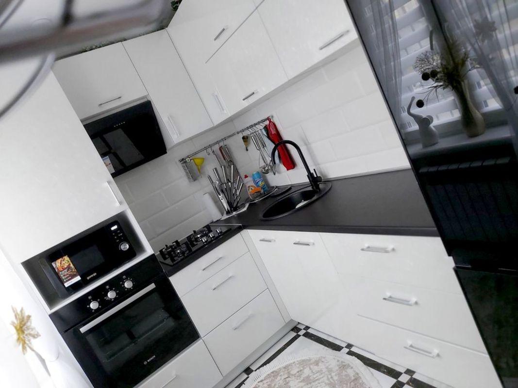 продам 1-комнатную квартиру Днепр, ул.Мира пр., 81 - Фото 1