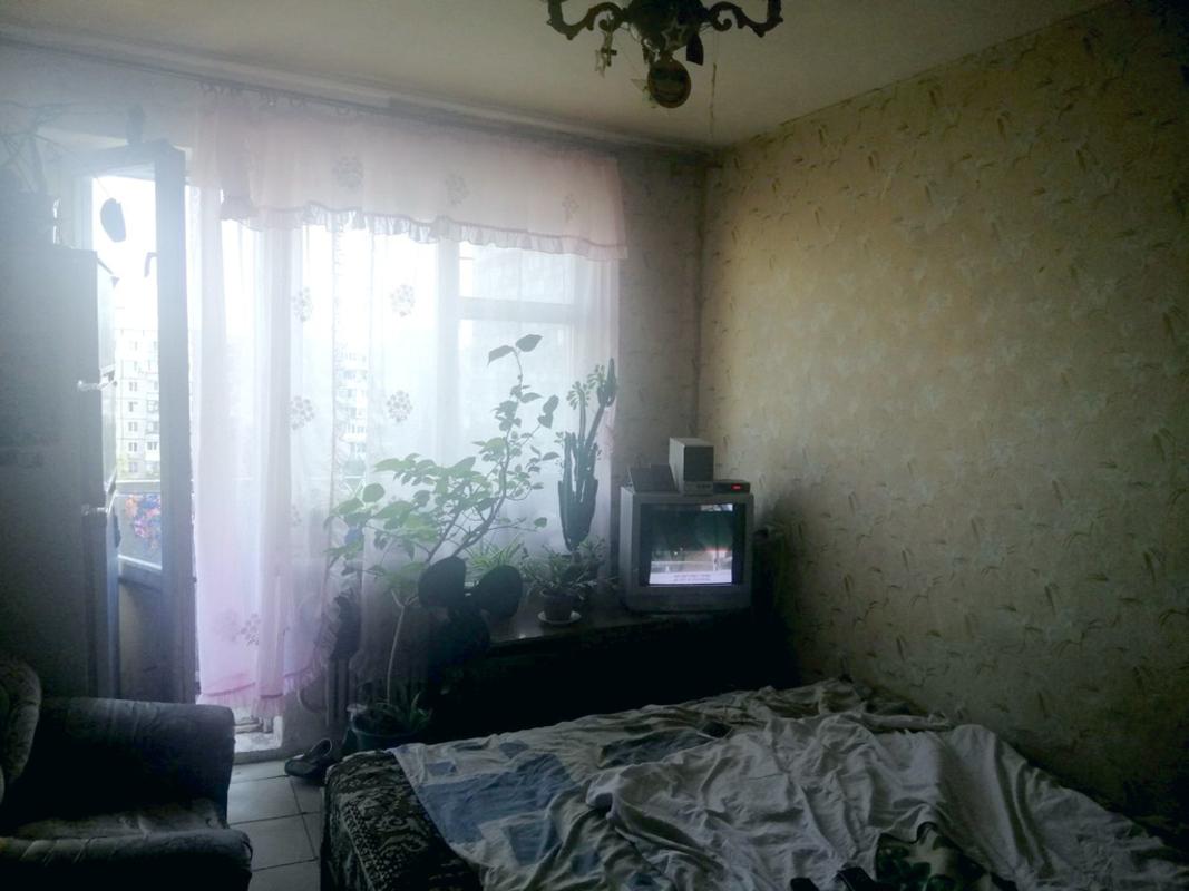продам 3-комнатную квартиру Днепр, ул.Калиновая , 102 - Фото 1