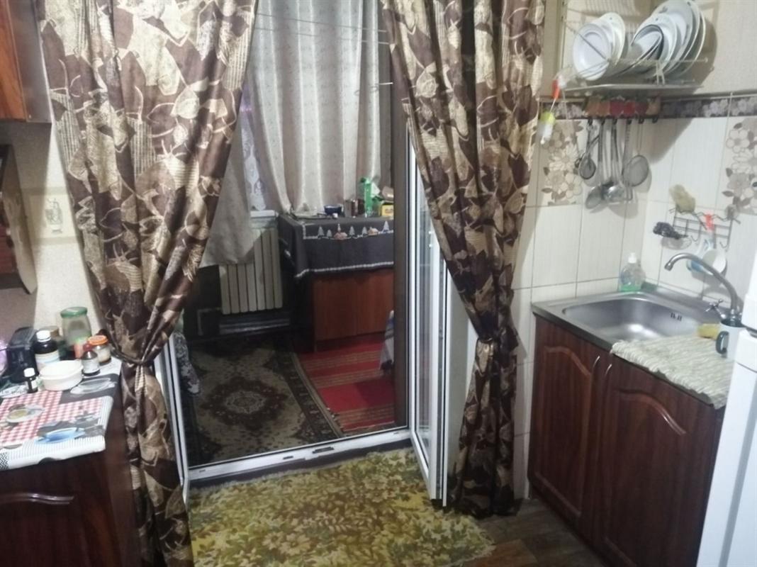 продам 2-комнатную квартиру Днепр, ул.Универсальная , 1 - Фото 4