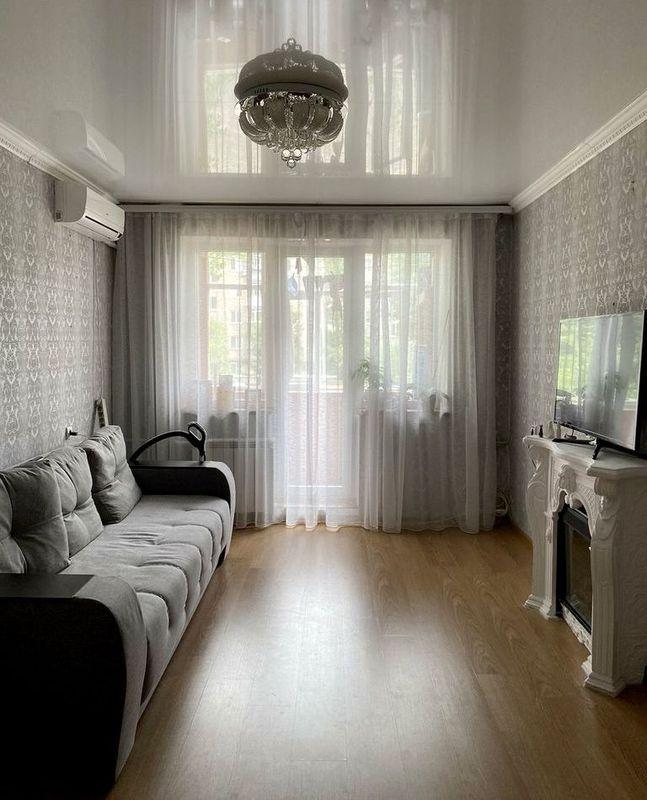 продам 2-комнатную квартиру Днепр, ул.Батумская , 22 - Фото 1