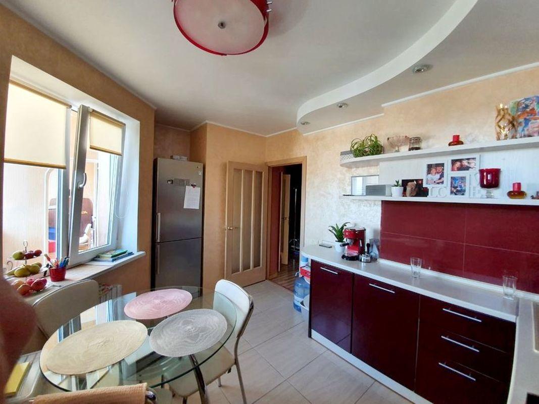 продам 2-комнатную квартиру Днепр, ул.Мира пр., 7 - Фото 2